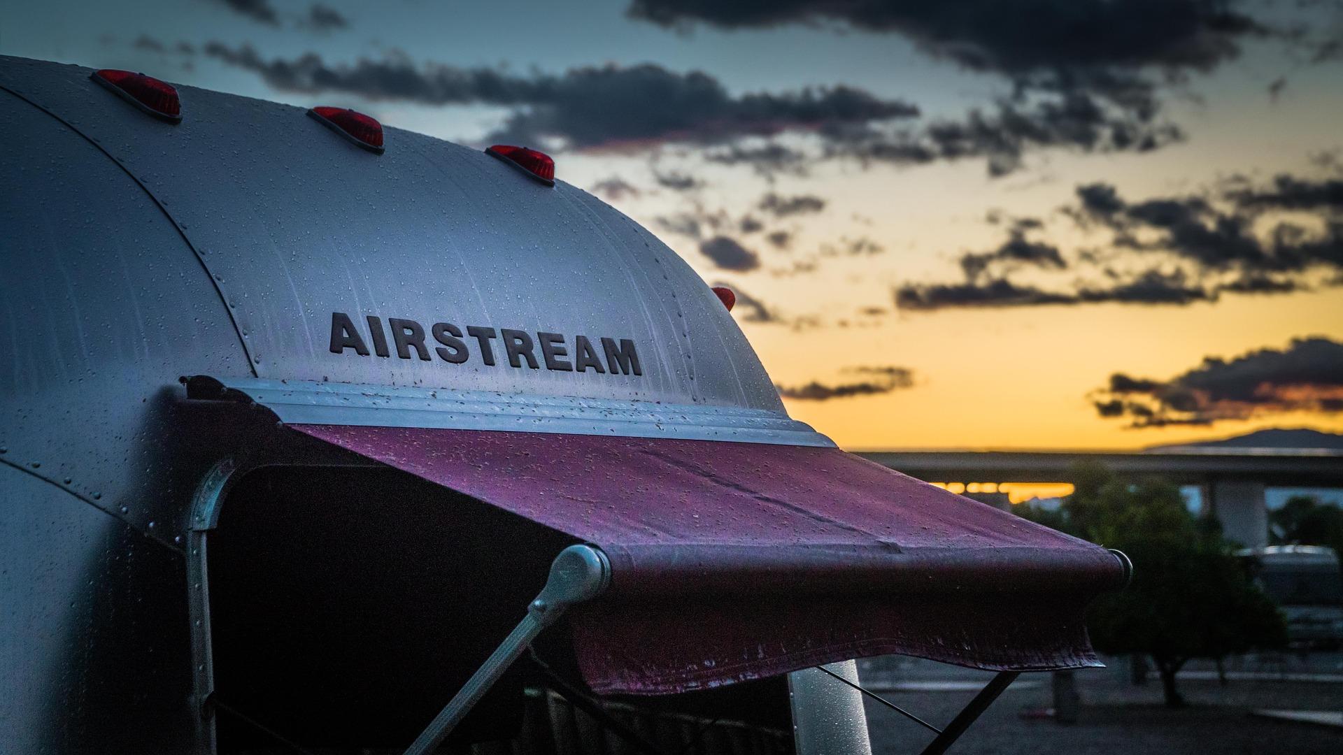 airstream-1359135_1920
